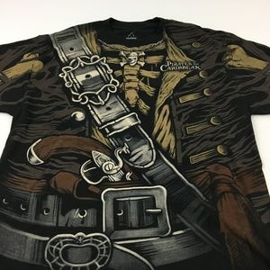 New Pirates of the Carribean Tee NWT T Shirt L